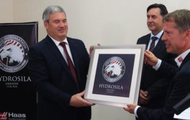 Hydrosila Ukraine celebrates 100th Haas machine tool