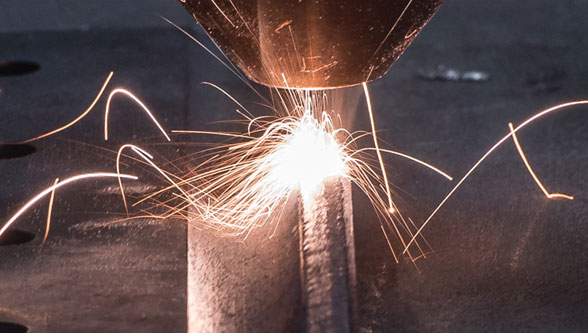 What are the benefits of laser cladding?