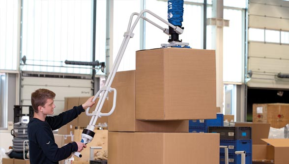 Aiming high with the new vacuum tube lifter JumboFlex High-Stack