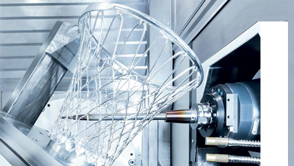 Efficient & ultra dynamic: simultaneous milling & turning